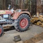 Ausstellungsstück Traktor Steyr