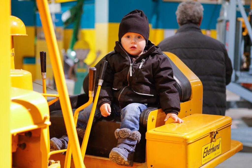 Kinderspielplatz auf unseren Maschinen