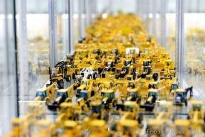 Modellausstellung: Baumaschinen im Miniformat